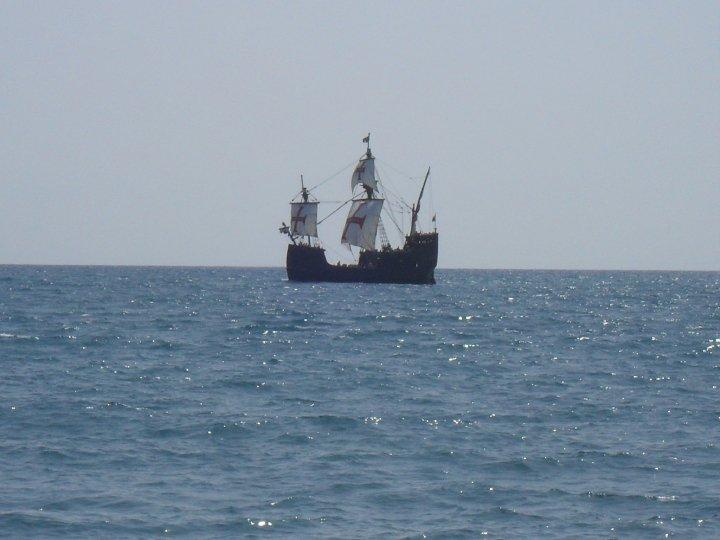 Santa María de Colón durante su trayecto