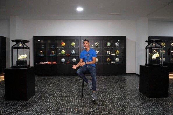 Cristiano Ronaldo en el interior de su Museo